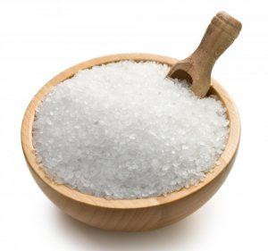 salt-with-scoop